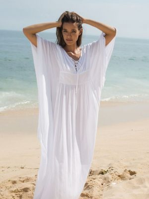 The Labyrinth Maxi