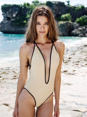 elegant_swimwear_open_back_neckline