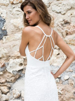 open_back_elegant_v_neckline_handmade_details