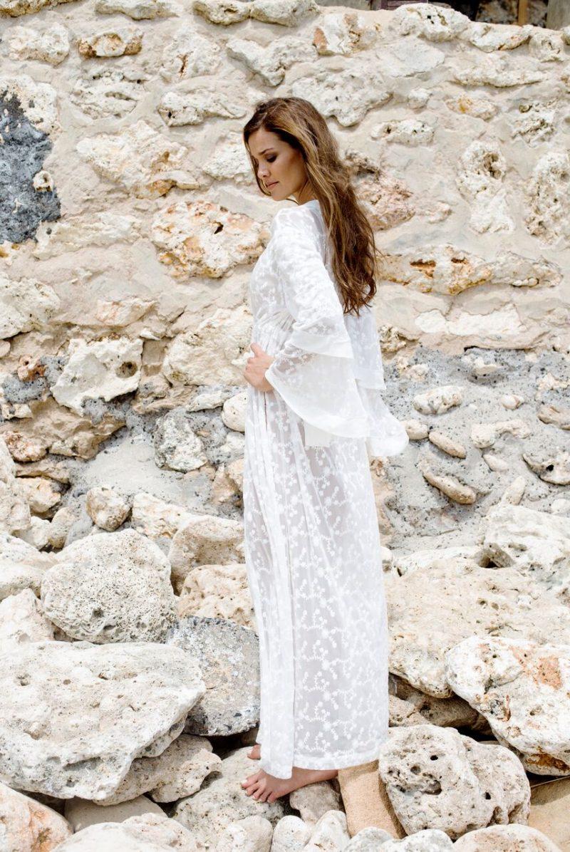 The Wanderlust Kimono - White